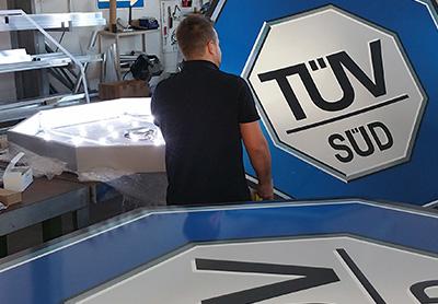 Werbemaßnahmen für den TÜV Süd, S&S Werbung, Regensburg